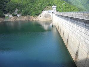 下部調整池(松姫湖)